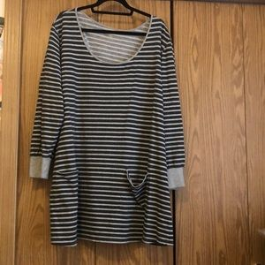 Long sleeve Lane Bryant striped knit blouse 26/28